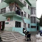Рятувальники гасили пожежу та евакуйовували людей з другого поверху Центру «Зірка» (сюжет)