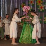 Безліч призів, запальні танці та ліричні пісні – все це чекало на жінок Шостки під час святкового концерту, присвяченому дню 8-ме березня