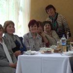 За одним столом для привітання зібрали педагогів-ветеранів (сюжет)