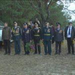 В селі Остоушки пройшли скорботні заходи біля могил загиблих партизан, військовополононех і мирних жителів (сюжет)