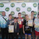 25 медалей різного гатунку вибороли шосткинські юні спортсмени на Всеукраїнському турнірі з греко-римської боротьби (сюжет)