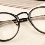 """Шахрай продав """"чудо-окуляри"""" за 4 000 гривень"""