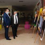 В ювілей Івана Кожедуба художник Віктор Ковтун подарував Арт-Центру 25 картин (сюжет)