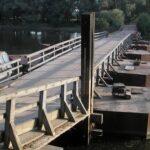 Увага! Обмеження руху всіх транспортних засобів на мосту через річку Десна