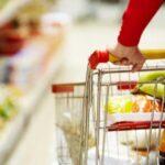 Набрав на полках супермаркета товара шосткинец пытался незамеченным покинуть магазин